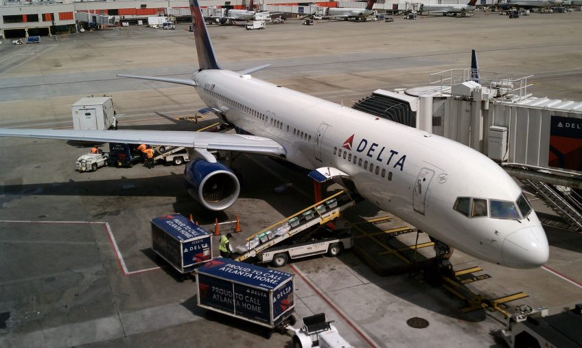 Increased Sign-Up Bonuses on These American Express Delta Air Lines Credit Cards Make Now a Great Time to Apply