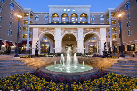 100,000 Hilton Honors Points and a Free Weekend Night with This Card